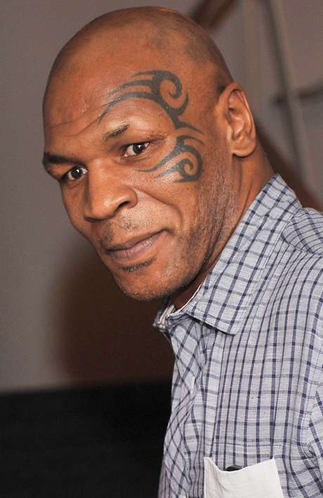 Tatuajes De Famosos El Ultimo Accesorio De Moda: Top 10: Los Famosos Con Los Peores Tatuajes En El Rostro
