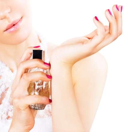 Muchos perfumes contienen almizcle sintético que está asociado con las disfunciones hormonales.