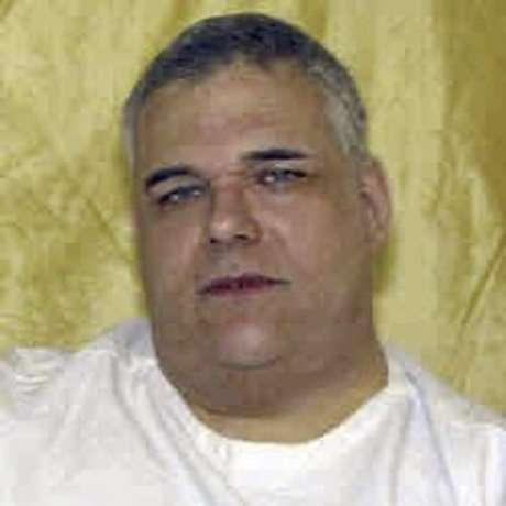 La ejecución de Ronald Post, de 53 años, está programada para el 16 de enero de 2013, por un tiroteo en 1983 en el que mató a un hombre queire que se le retrase su ejecución porque según él está muy obeso para el proceso de inyección letal del estado.