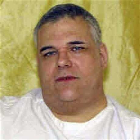 Ronald Post pesa 480 libras y por eso pidió que aplazaran su ejecución a inyección letal.