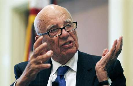 "News Corp Chairman and CEO Rupert Murdoch gestures as he speaks at the ""The Economics and Politics of Immigration"" Forum in Boston, Massachusetts August 14, 2012."