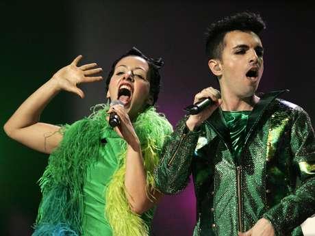 Miranda! lleva poco más de diez años en la escena musical. Su electro pop ha sido aplaudido por toda la región Latinoamericana.