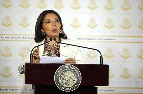 La diputada Damián llamó a no exponer a la Capital e internar a los reos federales en los penales que les corresponde.