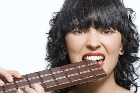 Estudo da Universidade de Michigan encontrou similaridaes no cérebro de pessoas obesas e viciadas em drogas