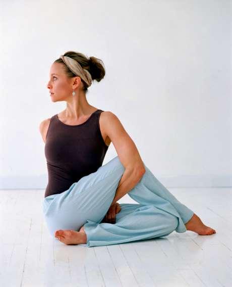 Alguns exercícios são responsáveis por ajudar e outros por piorar o corpo quando se trata de flexibilidade