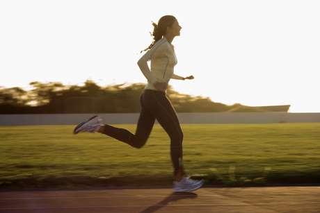 Veja também quais os exercícios físicos ajudam e quais não são recomendados para o tratamento e prevenção das varizes