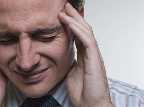 As causas podem estar na ingestão de álcool e alimentos, outros problemas de saúde e principalmente em momentos de tensão