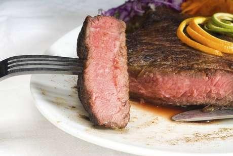 Um estudo revelou que carne em excesso pode engordar