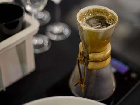 Graciele Rodrigues, de Curitiba, foi eleita a melhor barista do país na noite deste sábado (6) na décima segunda edição do Campeonato Brasileiro de Barista, da Espaço Café Brasil