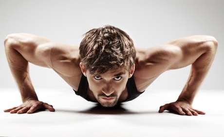 Técnicas geralmente indicadas para as mulheres são importantes para homens também. Pratique exercícios de Kegel, contraindo o músculo pubococígeo