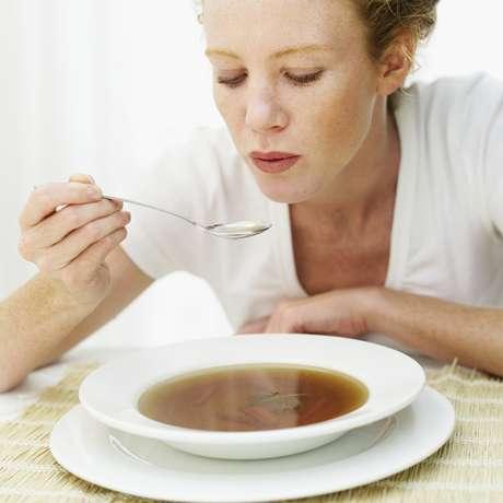 Aparentemente, alguns alimentos parecem inofensivos do ponto de vista calórico, mas o excesso pode trazer problemas com a balança
