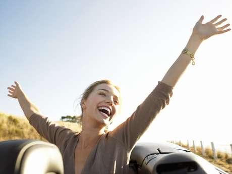 """Entre os indícios do """"envelhecimento"""" está desejar comprar um imóvel em vez de alugar"""