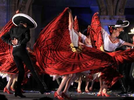 El Ballet Folklorico De Amalia Hernandez cumple este año 6 décadas de llevar la danza tradicional mexicana a todo el mundo.