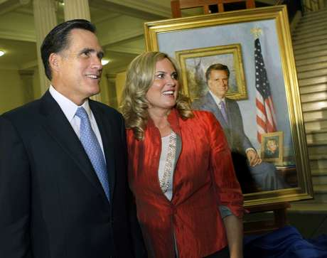 Ann Romney, que hace campaña junto a su marido desde hace meses, afirmó que no ve la televisión, especialmente cuando se encuentra en estados muy disputados como Ohio (norte) o Virginia (este), inundados en estos momentos de anuncios publicitarios de campaña.