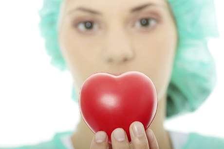 As doenças cardíacas e ataques do coração são mais comuns em homens, o que leva alguns médicos a acreditarem que as mulheres raramente sofrem do problema