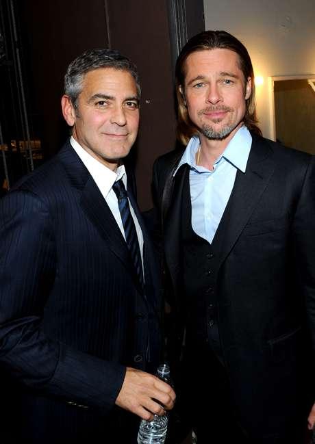 George Clooney y Brad Pitt integran el par de amigos más famoso de Hollywood. Los actores se hicieron amigos en el rodaje de Oceans 11 y luego no se separaron más. Hicieron Oceans 12, Oceans 13