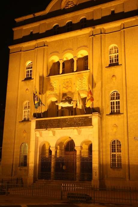 O Mosteiro de São Bento, construído em 1634, é um dos prédios mais marcantes do centro histórico. Localizado no Largo São Bento, próximo ao Vale do Anhangabaú, hospedou o Papa Bento 16 durante sua visita ao Brasil, em 2007