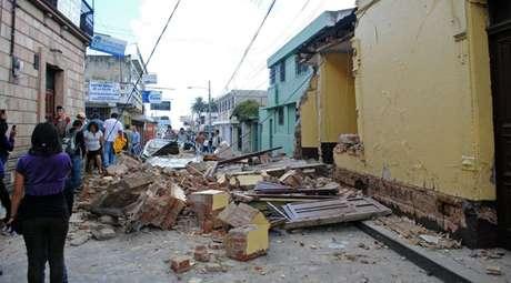El sismo de magnitud 7,4 que sacudió Guatemala este miércoles es el más fuerte desde el devastador terremoto que el 4 de febrero de 1976 causó la muerte de 25.000 personas y dejó pérdidas millonarias en el país centroamericano.