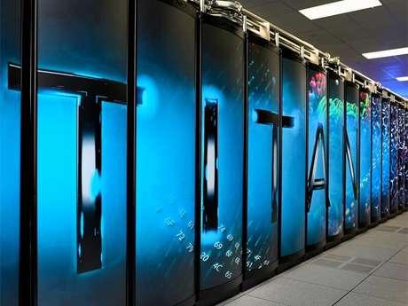 Titan, el ordenador más rápido del mundo