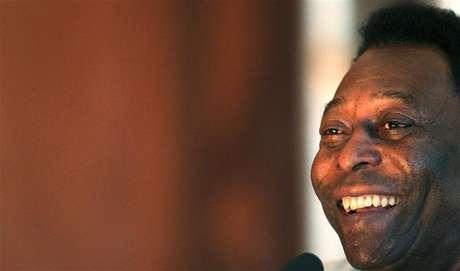 <p>Segundo Joshua, Pelé aconselhou a começar com calma e não se importar com as comparações</p>