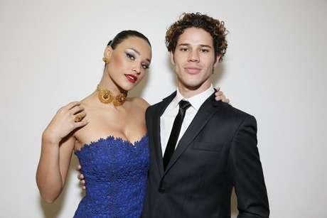 O casal começou o namoro durante as gravações de 'Avenida Brasil'
