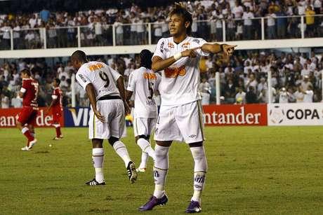 Um dos precursores das danças nas comemorações dos gols, Neymar transformou diversas músicas em sucesso