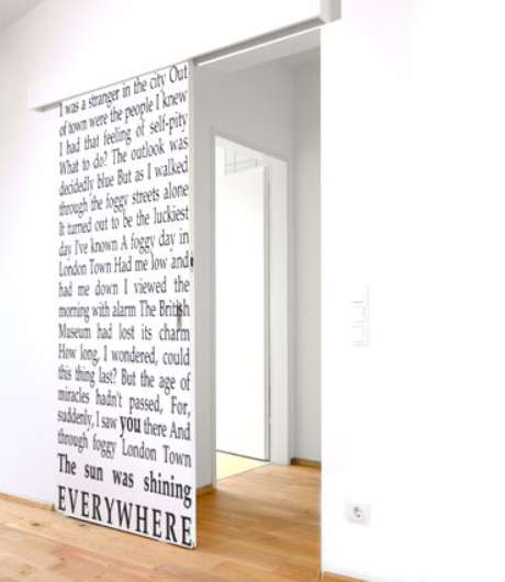 Ejemplos de vinilos para pintar y decorar paredes fotos y estilos - Paredes decoradas con vinilos ...