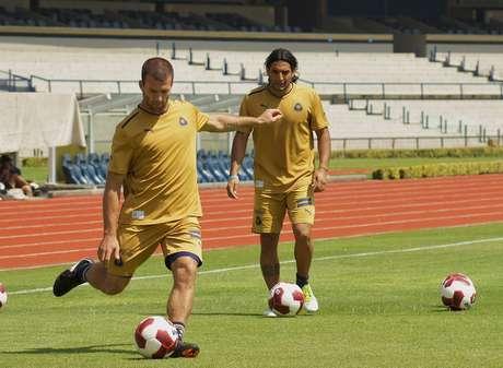 Emanuel Villa se va de Pumas.