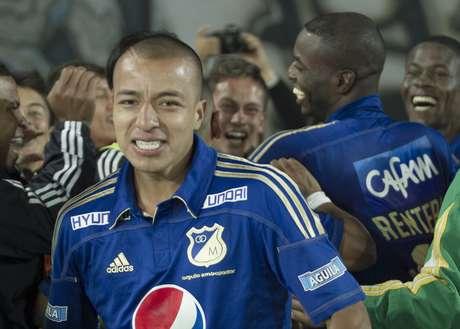 Millonarios celebró con todo el gol del último minuto, la sonrisa de toda la plantilla cubrió la grama de El Campín