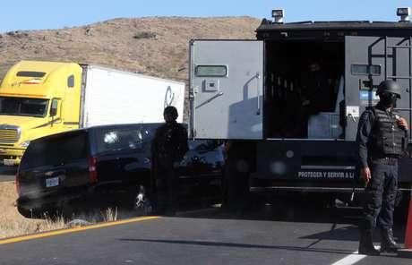 El vehículo en que viajaban las víctimas recibió 152 impactos de bala.