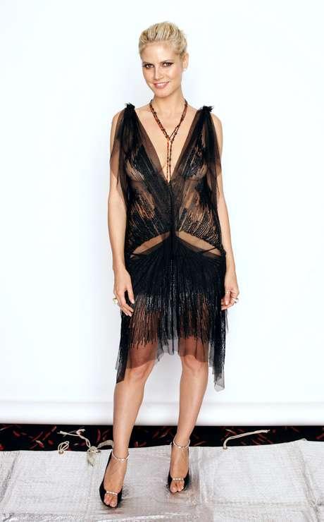 Sus vestuarios fueron cada vez audaces, como este look con transparencias que usó en 2004.