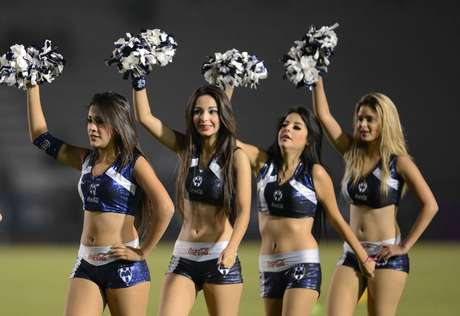 Liga MX quaterfinals were embelished by the grace and beauty of the cheerleaders in all 4 stadiums.