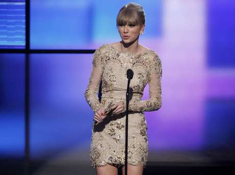 Taylor Swift en problemas por conexión con Harry Styles.