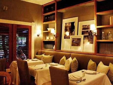 Restaurante ofrece cena a ciegas para crear conciencia for Crear restaurante