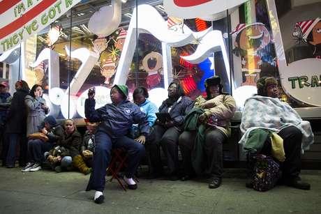 """El 'Black Friday' (Viernes Negro) se ha convertido ahora en el 'Black Thursday Night' (noche negra del jueves)"""", dijo recientemente el director financiero de Walmart, Charles Holley, sobre el adelanto de este importantísimo fin de semana para el comercio minorista estadounidense."""