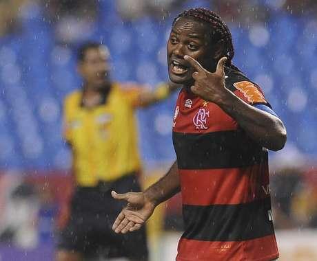 Love pode sair do Flamengo mais uma vez sem conquistar títulos