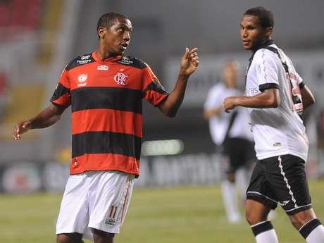 Renato Abreu permanecerá mais uma temporada defendendo o Flamengo