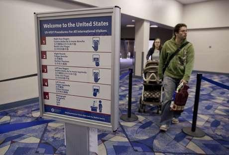 La propuesta ampliaría visas para estudiantes extranjeros.