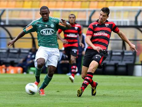 <p>Palmeiras estreia na Série B em casa contra Atlético-GO e encerra torneio fora de casa contra Chapecoense</p>