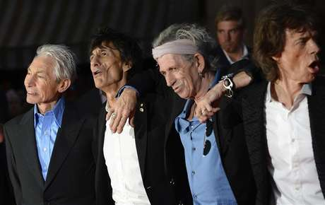 "(L - R)The Rolling Stones members Charlie Watts, Ronnie Wood, Keith Richards and Mick Jagger arrive for the world premiere of the Rolling Stones documentary ""Crossfire Hurricane"" at the Odeon Leicester Square in London October 18, 2012."