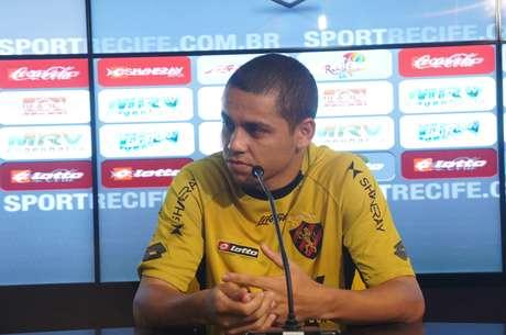 <p>Felipe Azevedo foi um dos que reclamaram da arbitragem</p>