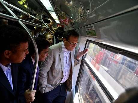 Este miércoles, una comisión con integrantes de FIFA y el Comité Organizador Local (COL) realizó un recorrido entre las estaciones Luce y Corinthians/Itaquera por medio del Expreso de la Copa.