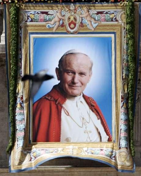 Imagen de Juan Pablo II cuando recibió la beatificación en mayo del 2011.