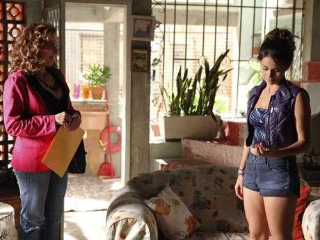 Morena (Nanda Costa) aceita ir para a Turquia depois de terminar seu noivado com Théo (Rodrigo Lombardi)