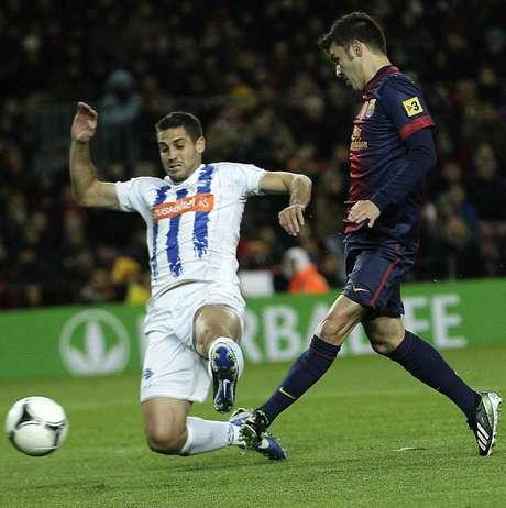 """El """"Guaje"""" hizo el 2-1 de tiro libre y más tarde, el asturiano cerró la cuenta con este remate."""