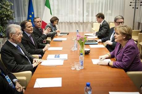 2 de marzo: Los países de la Unión Europa firmaron un tratado de austeridad fiscal.
