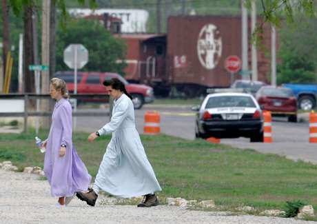 <p>Texas officials on Wednesday moved to seize a 1,600-acre West Texas ranch where officials say jailed polygamist sect leader Warren Jeffs sexually assaulted children.</p>