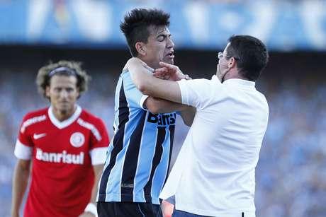 <p>Saimon já se envolveu em outras polêmicas, como a troca de empurrões com o então técnico do Inter, Osmar Loss</p>