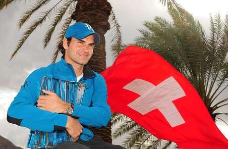 Federer se impuso en dos sets a John Isner y consiguió su cuarto título en el Masters de Indian Wells. El suizo demostró que su saque y revés fueron lo mejor de la temporada.