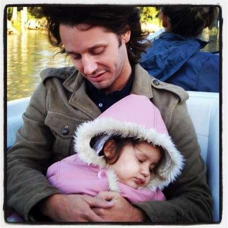 Blanquita Vicuña Ardohain falleció el 8 de septiembre de 2012. Esta fotografía la publicó su padre Benjamín Vicuña en su twitter personal.